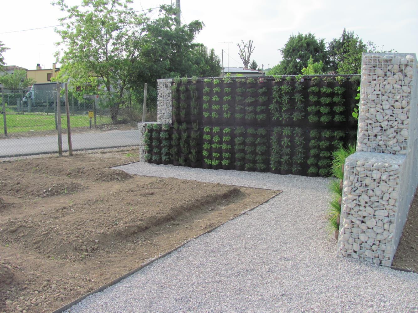 Orto verticale e realizzazione orto